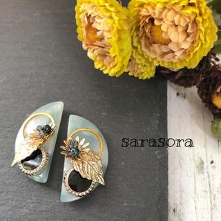 345 green half moon earrings(ピアス)