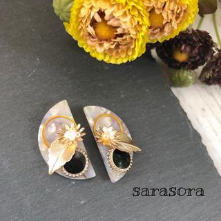 345 pink half moon×flower earrings(ピアス)