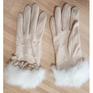 リズリサ(LIZ LISA)のリズリサ*ファー リボン チャーム付き 手袋(手袋)