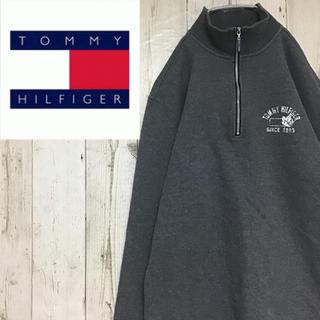 トミーヒルフィガー(TOMMY HILFIGER)の【トミーヒルフィガー】【ハーフジップ】【ビンテージ加工 プリント】【スウェット】(スウェット)