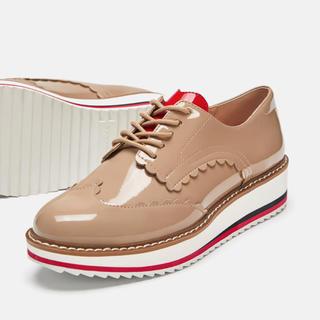 ザラ(ZARA)の完売品 ザラ ハート型 プラットフォーム ブルーチャー シューズ 赤 黒 ブーツ(ローファー/革靴)