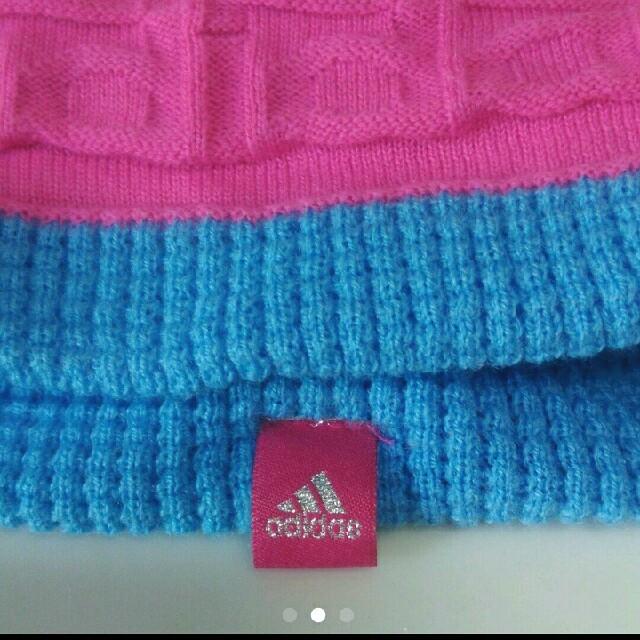 adidas(アディダス)のadidas ニット帽 リバーシブル レディースの帽子(ニット帽/ビーニー)の商品写真