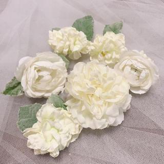 コサージュ(ホワイト) ヘッドドレス