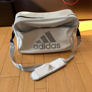 アディダス(adidas)のadidas エナメルバック 白(ショルダーバッグ)