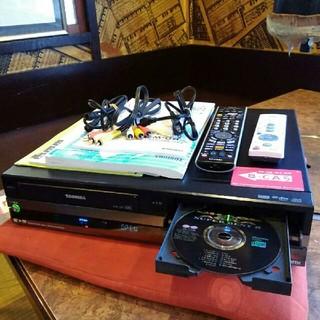 トウシバ(東芝)のTOSHIBA  VHS一体型 HDD&DVD内蔵   にゃんにゃん様専用です❕(DVDレコーダー)