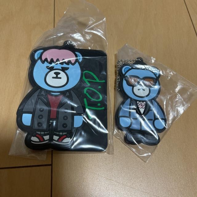BIGBANG(ビッグバン)のKRUNK×BIGBANG一番くじ H賞 ラバチャームTOP エンタメ/ホビーのCD(K-POP/アジア)の商品写真