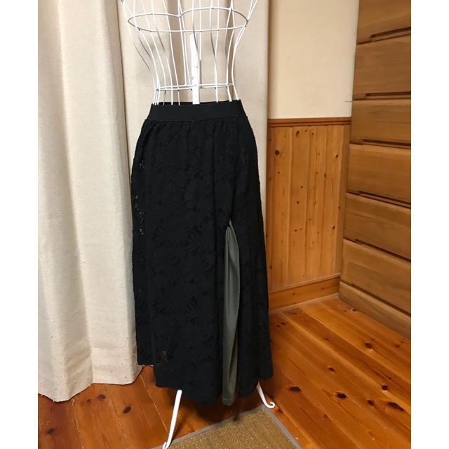 antiqua(アンティカ)のアンティカ レーススリットロングスカート レディースのスカート(ロングスカート)の商品写真