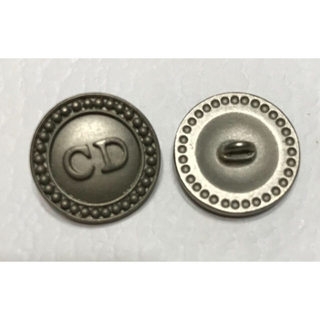 クリスチャンディオール(Christian Dior)のクリスチャンディオール★ロゴボタン マットシルバー 20mm 柄A Dior (各種パーツ)