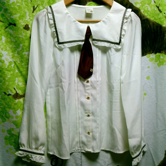 ARROW(アロー)のなち様確認用 赤ネクタイのブラウス レディースのトップス(シャツ/ブラウス(長袖/七分))の商品写真