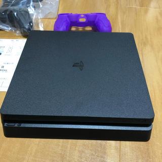 プレイステーション4(PlayStation4)のPS4本体 中古美品 CUH-2100A B01 ソフト2本付き 500GB(家庭用ゲーム本体)