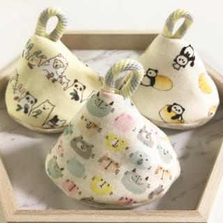 おしっこブロック☆おしっこガード☆おしっこキャップ3個☆猫、パンパンダ、アニマル(おむつ替えマット)