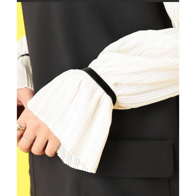 mystic(ミスティック)の袖プリーツハイネックワンピース レディースのワンピース(ひざ丈ワンピース)の商品写真