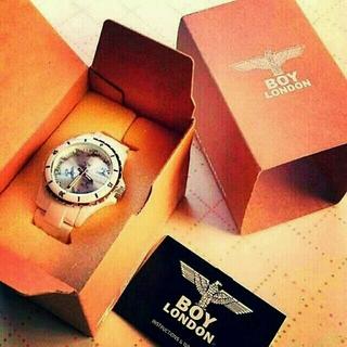 ボーイロンドン(Boy London)の腕時計(腕時計)