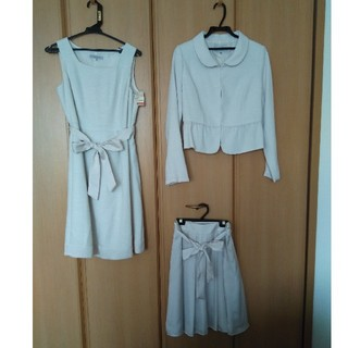 シマムラ(しまむら)の【新品未使用】11号 スカートスーツ 3点セット(スーツ)