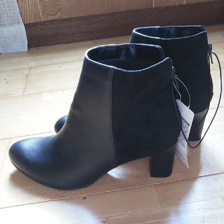 ジーユー(GU)のGUブーツ 新品 XL(ブーツ)
