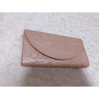 グレースコンチネンタル(GRACE CONTINENTAL)のピンクサーモン花柄 長財布(財布)