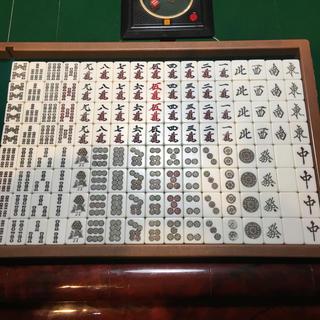 エイモス(AMOS)の全自動麻雀卓 旧アモス牌 ギャバン使用可能 2色セット(麻雀)