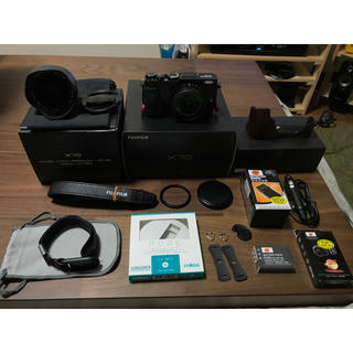 フジフイルム(富士フイルム)のFujifilm x70 Black ワイコン GARIZケース おまけ多数(コンパクトデジタルカメラ)