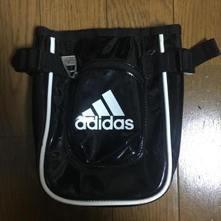 アディダス(adidas)のアディダス ウエストポーチ(ボディバッグ/ウエストポーチ)