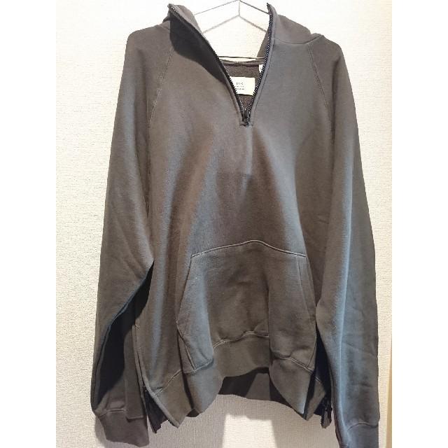 FEAR OF GOD(フィアオブゴッド)のfog essentials half zip hoodie M パーカー メンズのトップス(パーカー)の商品写真
