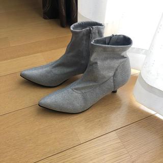 ジーユー(GU)の【 GU 】新品、未使用‼️ソックスブ一ツ!春にも履けます♫(ブーツ)