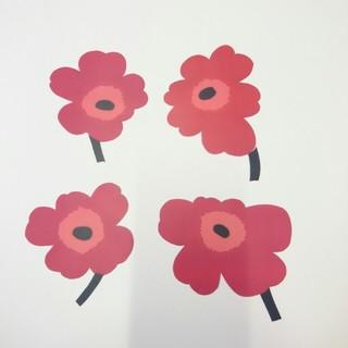 マリメッコ(marimekko)の4枚セット  marimekko  ウニッコ  赤  シール  ステッカー(シール)