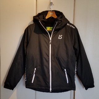 ルース(LUZ)のルースイソンブラ 中綿ハーフコート 色/黒   サイズL(ウェア)