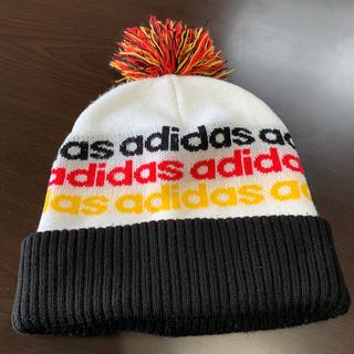アディダス(adidas)のadidas ニットキャップ ボンボン ポンポン(ニット帽/ビーニー)