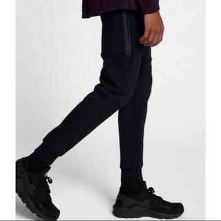ナイキ(NIKE)の新品未使用 Nike テックフリース Mサイズ nike(サルエルパンツ)