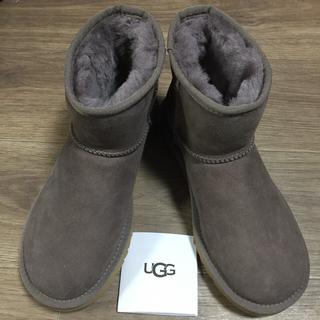 アグ(UGG)の新品未使用!正規品UGGムートンブーツミニ2 STORMYGREY 25センチ(ブーツ)