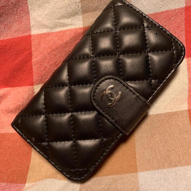 iphone8plus ケース アディダス | 早い者勝ち!値下げ中!CHANEL シャネル iPhoneケースの通販 by (m)'s shop|ラクマ