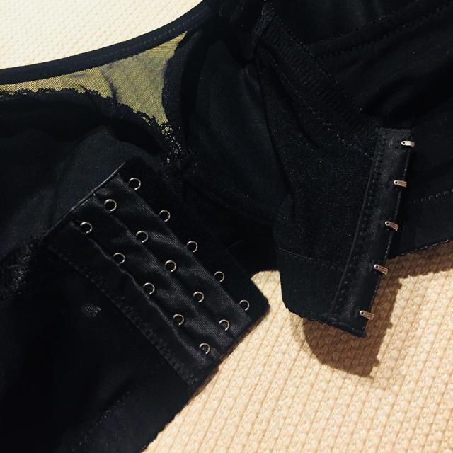 値下げ♡新品未使用♡I85胸を小さく見せるブラ 単品 レディースの下着/アンダーウェア(ブラ)の商品写真