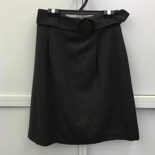ジェネラ(GENERRA)のウール100%☆GENERRAのスカート(ひざ丈スカート)