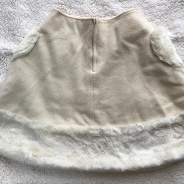 Heart E(ハートイー)のHeart E 白ふわふわ ハート スカート ロリータ  レディースのスカート(ひざ丈スカート)の商品写真