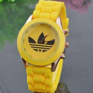 アディダス(adidas)のadidas♡カラー腕時計(腕時計)