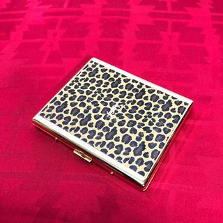 イヴサンローランボーテ(Yves Saint Laurent Beaute)のYSL イヴサンローラン レオパード柄 カードケース 正規品(名刺入れ/定期入れ)