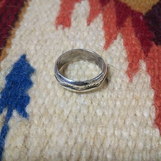 インディアン(Indian)のインディアンジュエリー ナバホ族 スタンプワーク シルバーリング 指輪(リング(指輪))