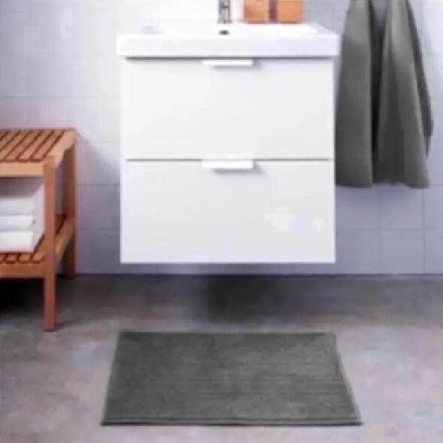 IKEA(イケア)のIKEA  BADAREN  バスマット グレー インテリア/住まい/日用品のラグ/カーペット/マット(バスマット)の商品写真