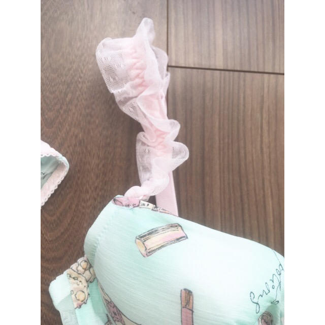narue(ナルエー)のナルエー♡チュールシフォンブラセット レディースの下着/アンダーウェア(ブラ&ショーツセット)の商品写真