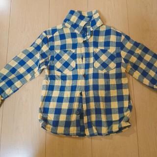 ジーユー(GU)のギンガムチェック青×黄色ハイネックシャツ(Tシャツ/カットソー)