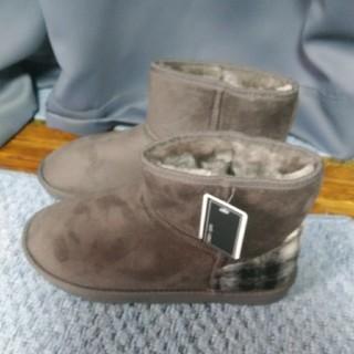 シマムラ(しまむら)のLLサイズ未使用ムートンブーツ(ブーツ)