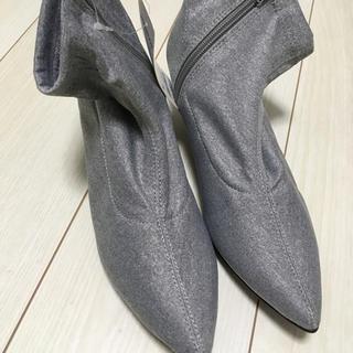 ジーユー(GU)の新品 GU  ソックス ブーツ グレー M(ブーツ)
