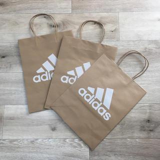 アディダス(adidas)のアディダス 中サイズ 3枚セット ショップ紙袋 折らずに発送(ショップ袋)
