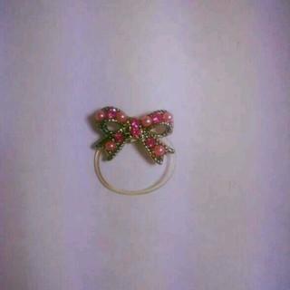 ピンク リボン トゥーリング(リング(指輪))