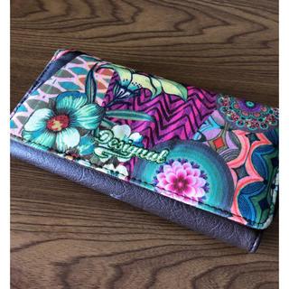 デシグアル(DESIGUAL)のデシグアルの長財布(未使用ですが難あり品)(財布)