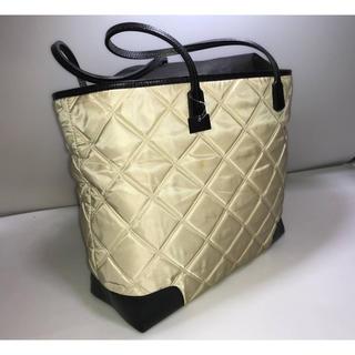 ルネ(René)の新品ルネトートバッグハンドバッグ かばん大きいバッグ 黒xベージュ系プレート付き(トートバッグ)