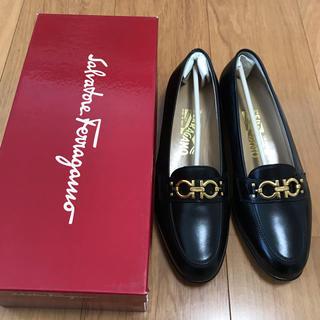 サルヴァトーレフェラガモ(Salvatore Ferragamo)のきちきち様専用 新品未使用 Salvatore Ferragamo(ローファー/革靴)