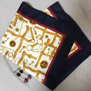 ジーユー(GU)のGU スカーフ&イヤリング セット売り(バンダナ/スカーフ)
