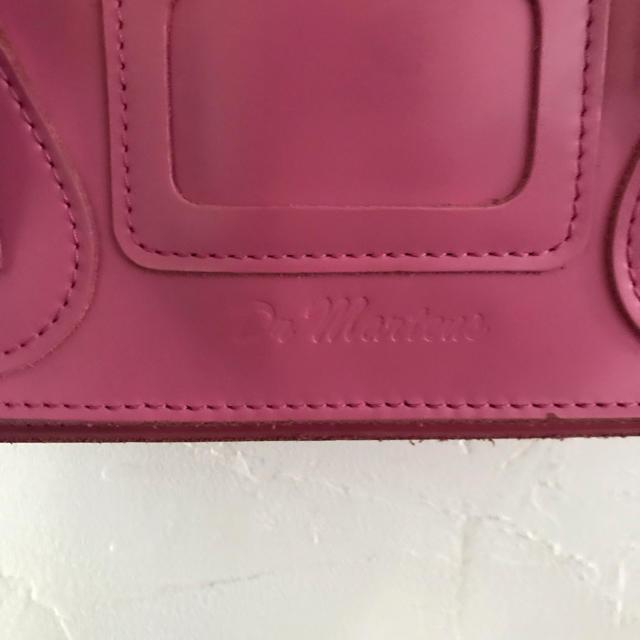 Dr.Martens(ドクターマーチン)のドクターマーチン サッチェルバッグ  11インチ レディースのバッグ(ショルダーバッグ)の商品写真