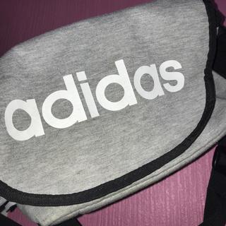 アディダス(adidas)のadidasバック(その他)